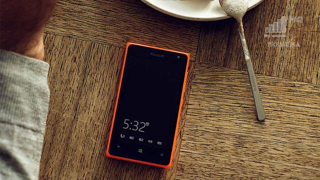 tanie-telefony-tez-maja-genialna-funkcje-glance-screen-znana-z-czasow-sony-ericssona